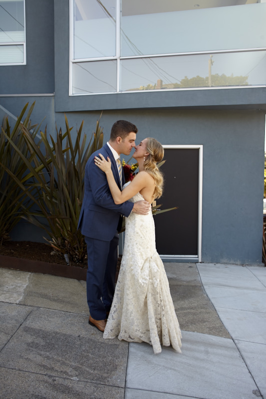 Kiss after the first look