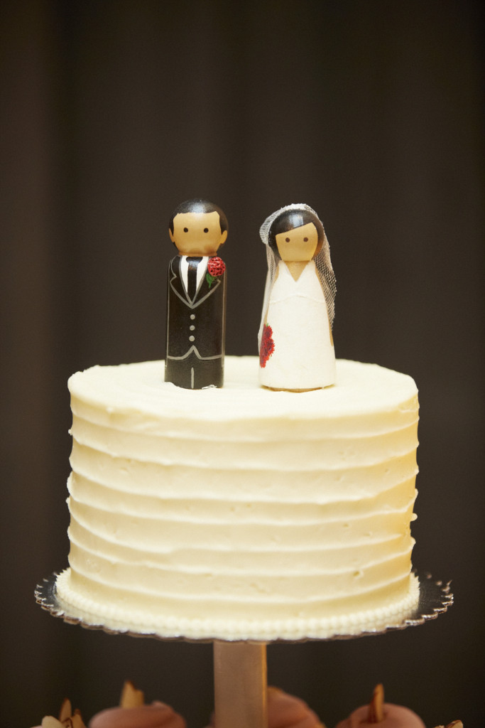 The cutest little cake toppers