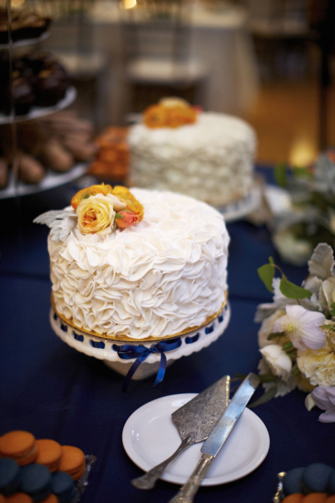 Cake with blue ribbon